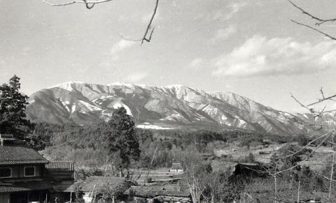 堅田から見る比良山系